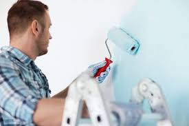 Pros and Cons of Winter Interior House Painting
